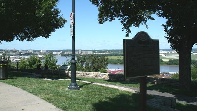 Riverfront Heritage Trail