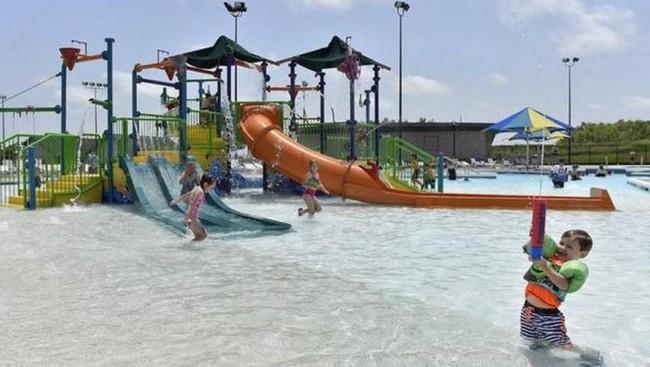 The Springs Aquatic Center