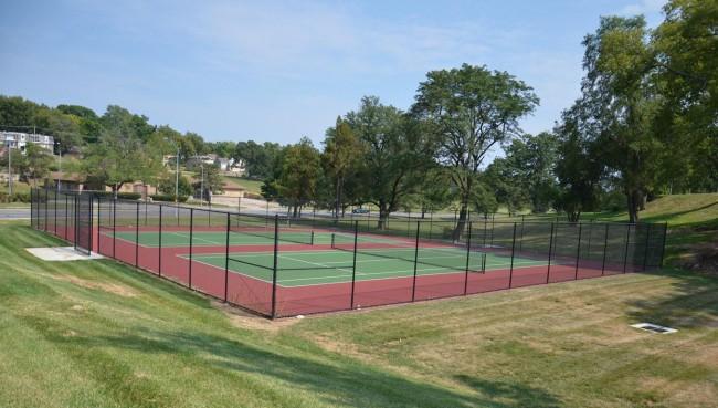 Gillham Park Tennis Courts