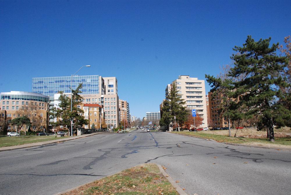 Roanoke Parkway