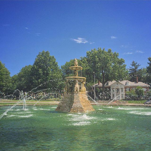 ----- City of Fountains ----- Ward Parkway#kansascity #fountain #summer #water #architecture #instakc #igkansascity #explorekc #visitkc #capture_kc #reppinkc #missouri #usa #midwest #midwestisbest #kcmo #instagood #bluesky #clouds #july #iphoneonly #neverstopexploring #trees #urbanromantix #big_shotz #streetphotography #goldenvisuals @kcmoparks29.July.2015