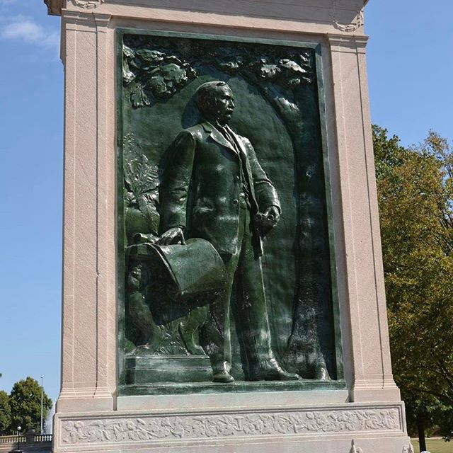 In honor of #PresidentsDay, we are featuring the August R. Meyer Memorial located at The Paseo & 10th Street. August Robert Meyer (1851-1905) was the first President of the Board of Park Commissioners (1892-1901). #KCParks125 #KCParks