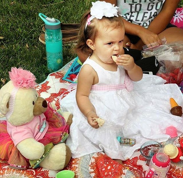 Start planning your #TheTeddyBearPicnicKC menu. We hear that teddy bears like honey sandwiches and cupcakes. Yummy! Friday, July 7, 11am #KCParks @kansascitymuseum #HistoricNortheast #NationalTeddyBearPicnicDay   #Free