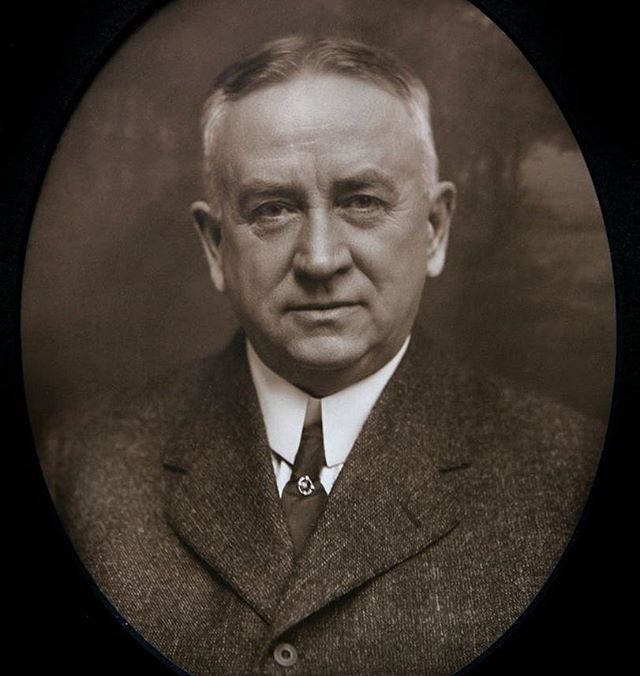 FRED S. DOGGETT (1905-1909) #21As part of #KCParks125, we are featuring all 104 Park Board Commissioners in order of their service.Frederick Sterling Doggett (1856-1924) was born in Chicago and came to Kansas City in 1878 as a freight agent for Union Pacific and later working for the Chicago & Alton railroad. In 1884, he married Alice Blossom whose father, George Blossom, owned and operated the Blossom House and the Union Depot hotels in the West Bottoms near the Union Depot train station. Upon Mr. Blossom's death in 1885, Mr. Doggett became manager of the Blossom estate and the two hotels. He was also involved in several organizations including the Kansas City Club, the Masons and Shriners, the Commercial Club and he belonged to the [Kansas City] Country club. Mr. Doggett, known as Fred, was appointed to the Park board in 1905 and served until 1909. This very active 1905-1909 Park Board was involved with development of parks, boulevards and playgrounds and the start of the Zoo. Among the resolutions they passed included a speed limit of eighteen miles per hour on boulevards and fifteen miles per hour when boulevards were within parks; no hitching of horses to lampposts on boulevards; and those who lived on boulevards or parkways needed to clean up rubbish and loose dirt in front of their property to maintain the beauty.When Union Station opened in 1914, the Union Depot closed as did the nearby hotels Blossom House and Union Depot hotel. Mr. Doggett retired at that time. #KCParks #FromTheArchives