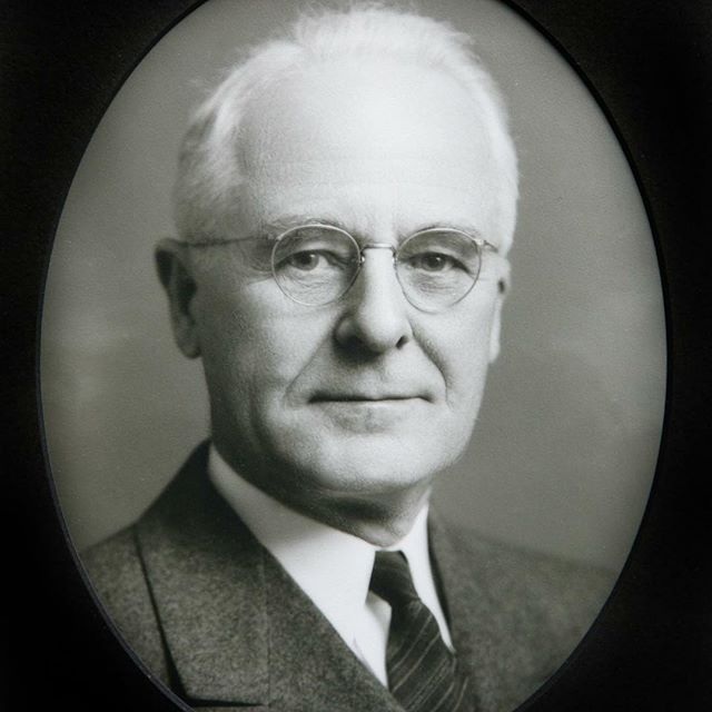 "HOWARD H. PETERS (1940-42) #55As part of #KCParks125, we are featuring all 104 Park Board Commissioners in order of their service.Howard H. Peters (1877-1963) was born in DeKalb County, Missouri.  He went into the publishing business early in life when he founded, edited and published the Union Star Herald newspaper at age 22. He moved to Kansas City in 1900 and worked with the Drovers Telegram newspaper, then a construction trade journal, the Midwest Contractor. He founded the Peters Publishing Company.Mr. Peters married Edith Lowe, who was the daughter of well-known local lawyer Frank M. Lowe. Edith Lowe Peters was very active socially.  She created scrapbooks over many years involving family and Kansas City history that are located at the main Kansas City Public Library.Mr. Peters was appointed to the Park Board in 1940 by newly elected Mayor John B. Gage. Mr. Peters was part of the city government ""sweep"" to help evaluate work done and employees hired during the Thomas Pendergast political influence of the 1930s, as were the other Park Board members.  While Mr. Peters worked on behalf of the Park Board, some of his connections were felt to be too close to political issues. After Mr. Peters' name was brought up as a possible candidate for city council or mayor by a faction of the Democratic party which was different than the one Mayor John Gage was associated with, Mayor Gage asked for and received Mr. Peters' resignation in February 1942.In 1939, Mr. Peters joined with others to create the ""Kansas City Museum Association."" Mr. Peters and his wife Edith Lowe Peters lived on Gladstone Boulevard very close to the Robert Alexander Long home which was given by Mr. Long's daughters to the Museum Association for a museum. Mr. Peters served on the Associations' Board for several years. #KCParks #FromTheArchives Kansas City Museum"