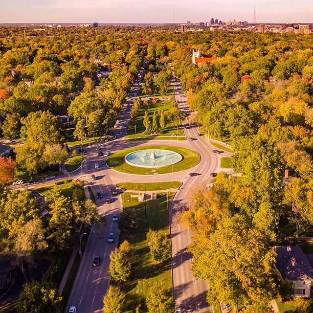 One final shot of Meyer Circle Sea Horse Fountain before it is turned off for the season. Photo via Drone On Demand. #UAS4AEC #CityOfFountains #KCParks #WinterIsComing #droneoftheday #dronephotography