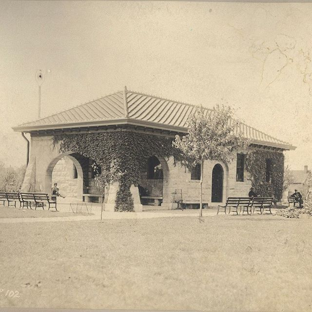 #ThrowbackThursday Picnic Shelter at Holmes Square circa 1900. Reservations for #KCParks 2018 shelter season (May 1-October 31) can now be made online or in-person at our community centers. #TBT