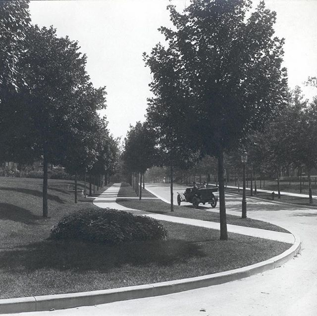 #ThrowbackThursday #KCParks Valentine Road (east from W. Prospect Place) circa 1910 #TBT #ValentinesDay2018 #Valentine #ValentinesDay