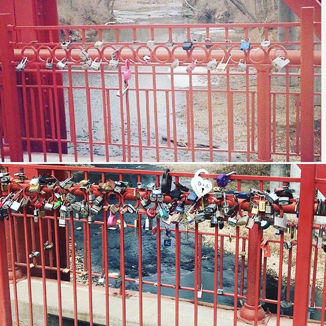 #ThrowbackThursday The same section of #RedBridgeLoveLocks in 2014 and 2018. #KCParks #FiveYearsOfLoveLocks #BeforeAndAfter #TBT #ValentinesDay #ValentinesDay2018 #LoveLocks #LoveKC #SouthKC ️