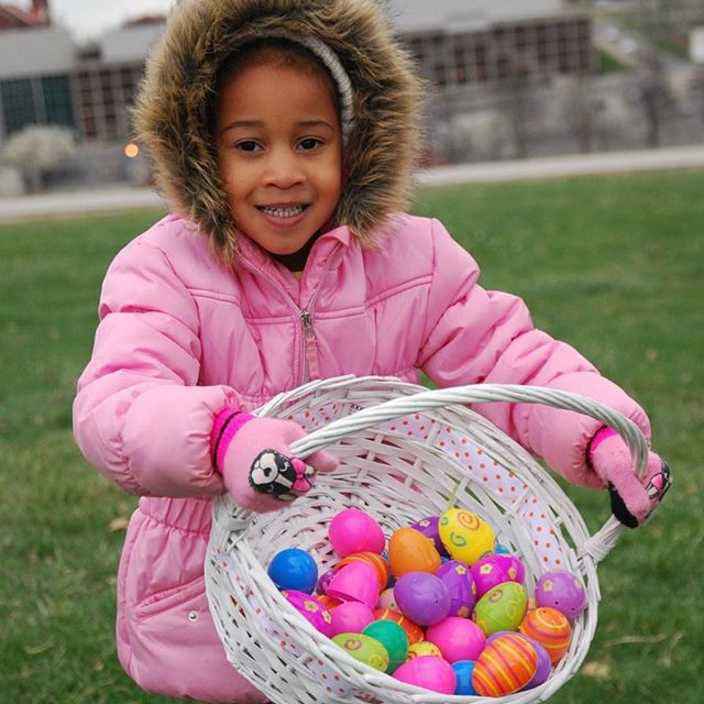 #Spring Fun! From egg hunts (for kiddos and doggos) to puppet shows and festivals, KC Parks has a variety of ways to celebrate Spring! Checkout our website calendar for details. #KCParks #WhereKCPlays