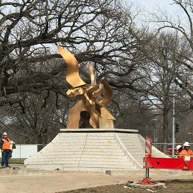 It's back! The restored Spirit of Freedom Fountain sculpture has returned. #FountainDay2018 is April 17! #CityOfFountains #KCParks