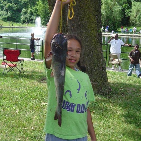 Today!! (6/16) at Spring Valley Park Lake: Urban Kids Fishing Derby!!! #KCParks #WhereKCPlays