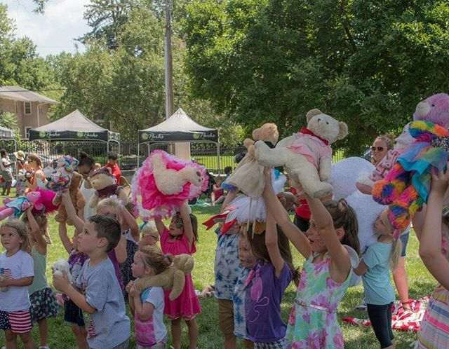 #TheTeddyBearPicnicKC is one month from today in Roanoke Park #KCParks #WhereKCPlays