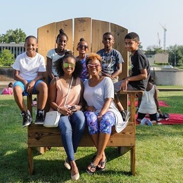Take your picture in the Big Chair at the Big Picnic this Sunday! #KCBigPicnic  #BigChair #DiscoverJuly #KCParks #WhereKCPlays