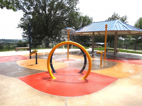 Blue Valley Park Sprayground: CLOSED