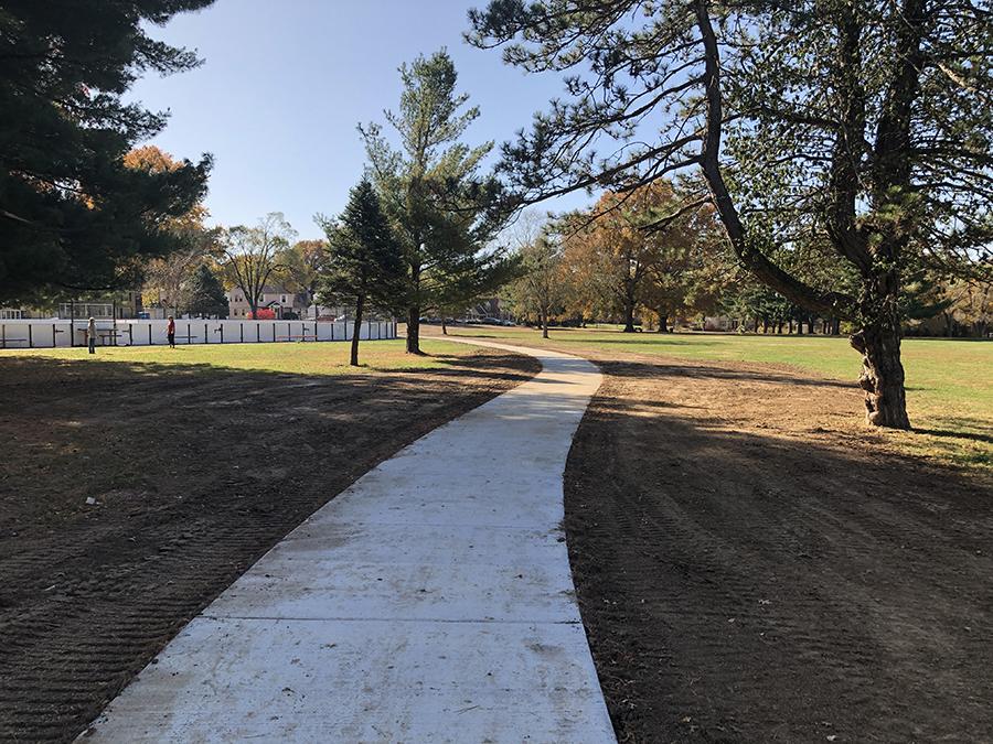 Holmes Park Trail