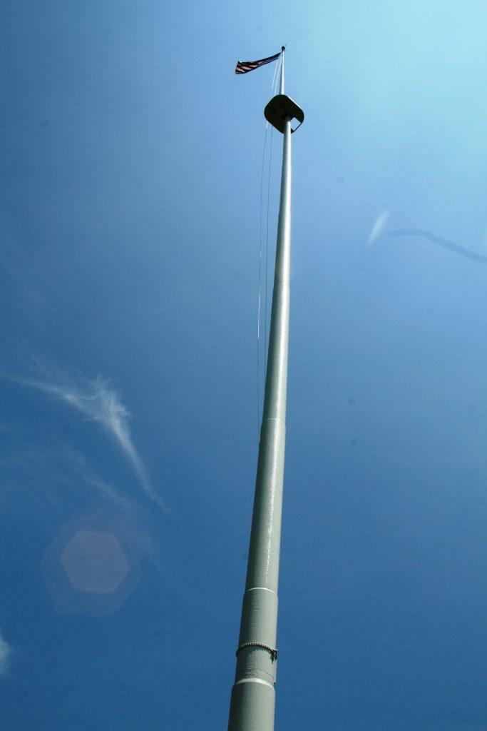 Loose Flagpole