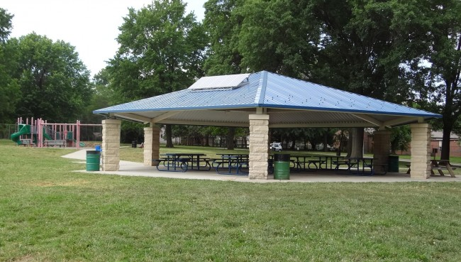 Sunnyside Park Shelter (Reservable May 1-October 31)