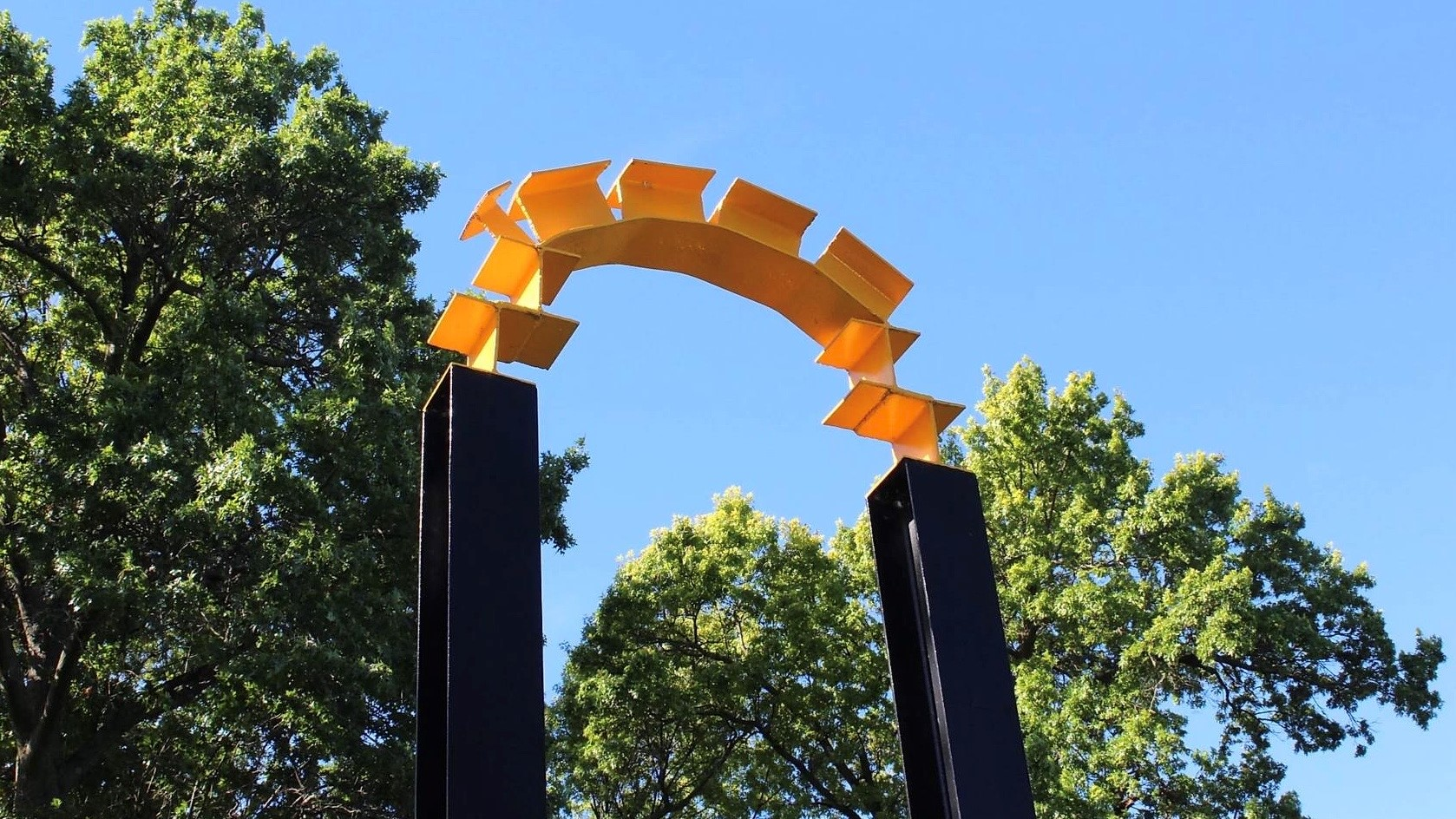 Yellow and blue entrance