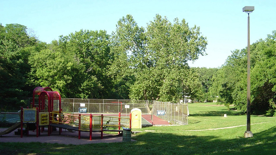 Roanoke Park Tennis Courts