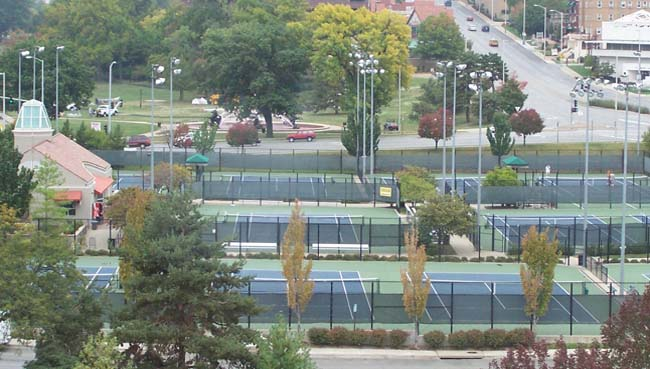 Plaza Tennis Center