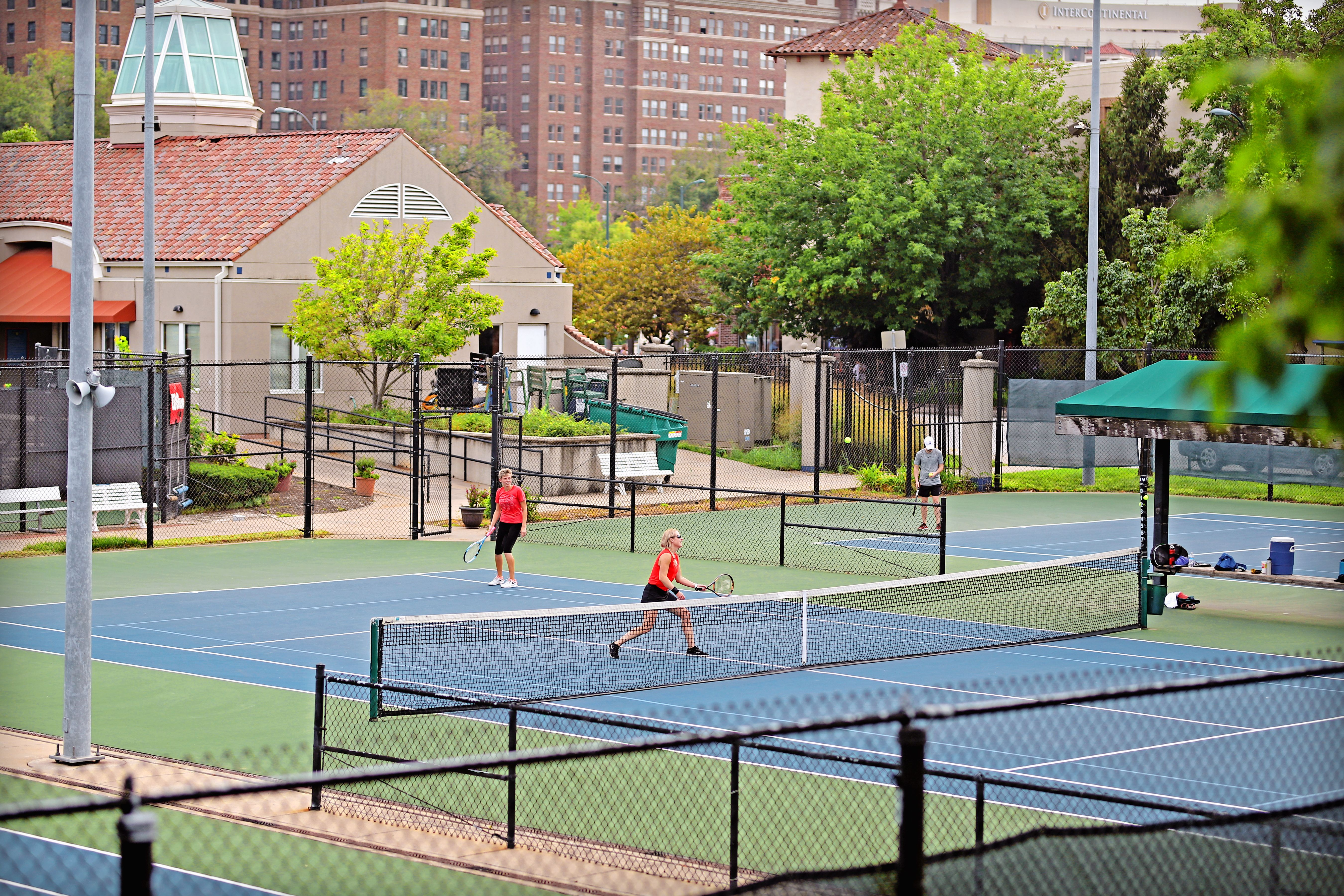 Plaza Tennis Center