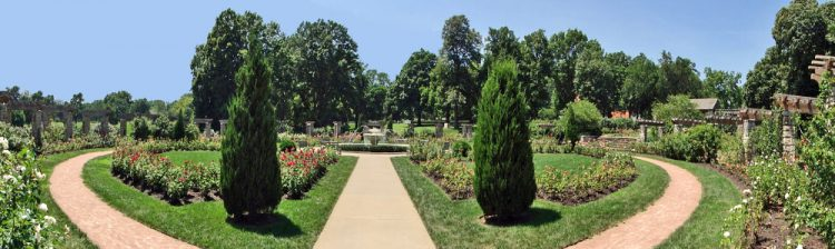 Laura Conyers Smith Municipal Rose Garden