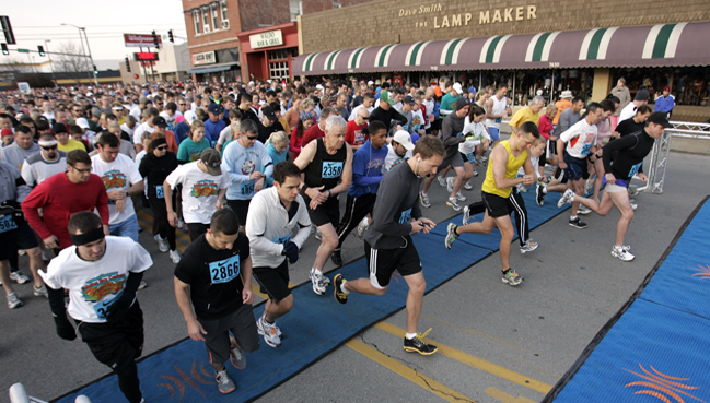 Weekend Races Affect Traffic in Plaza, Brookside Areas