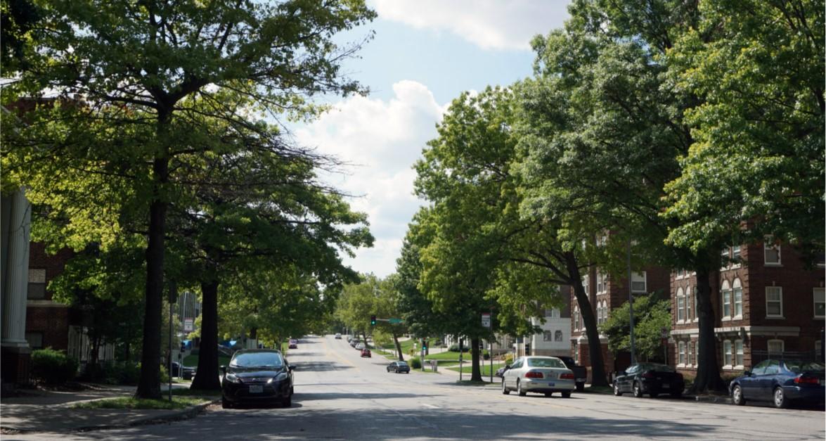 Armour Boulevard Bikeway