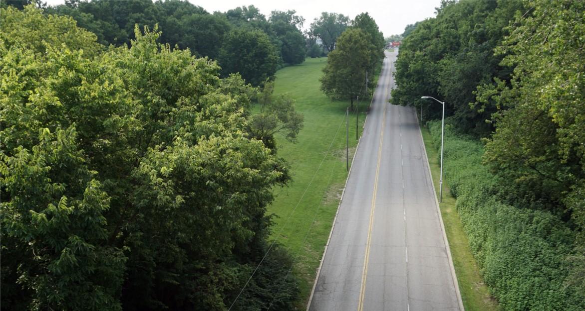 Chestnut Parkway Bikeway