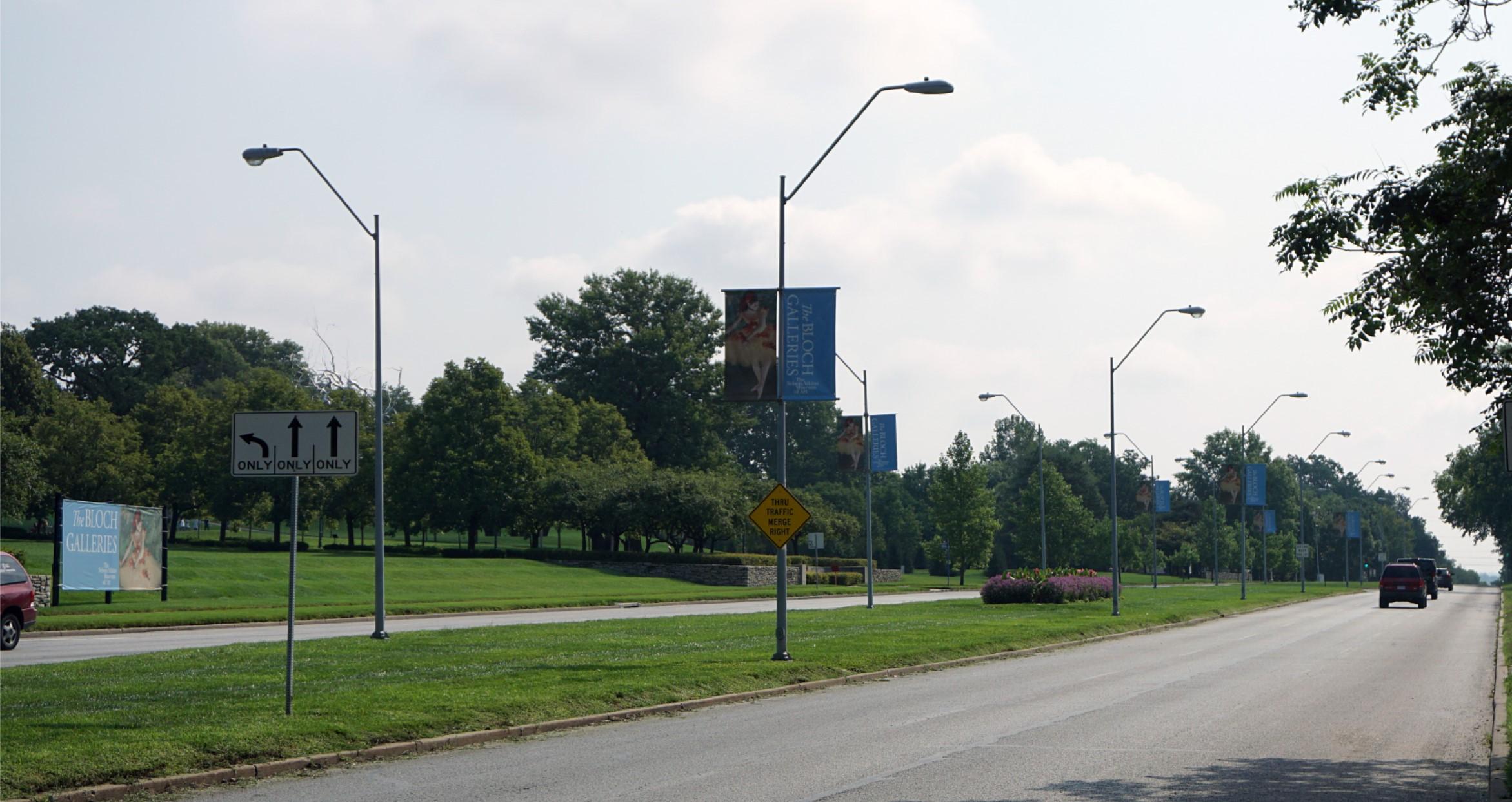 Emanuel Cleaver II Boulevard Bikeway