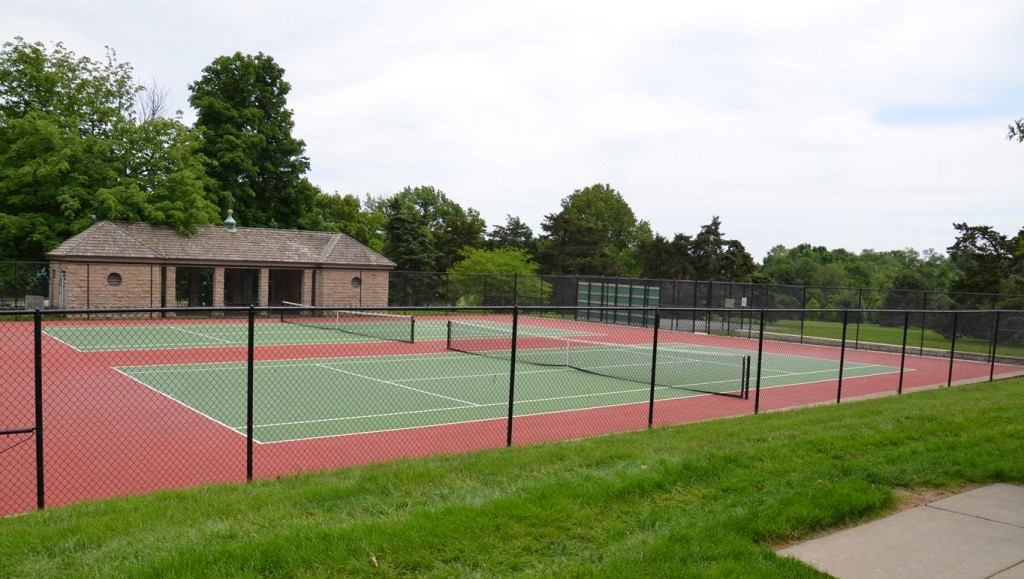 Loose Park Tennis Courts