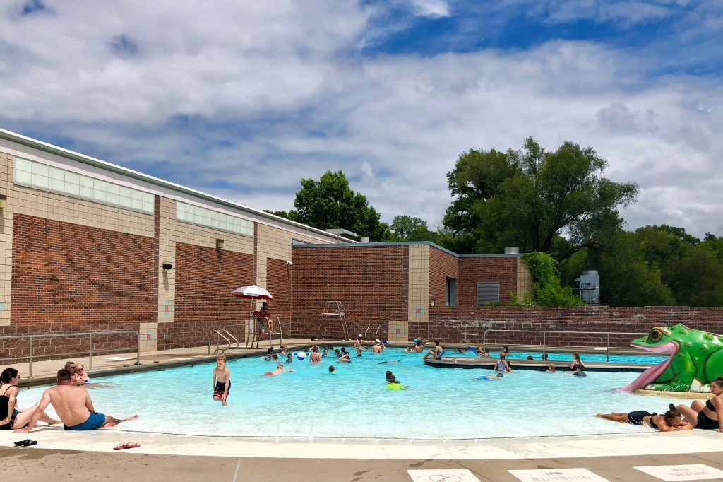CLOSED: Line Creek Community Center Pool