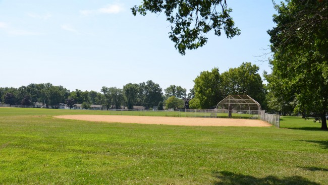 Sunnyside Park Ball Diamond