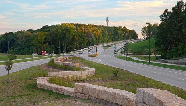 Chouteau Parkway