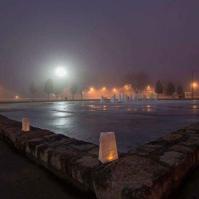 The Concourse Fountain in Kessler Park on #Christmas via Michael Donnici. #CityOfFountains #KCParks #FrozenFountain #HistoricNortheast