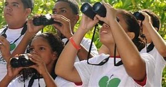 #Tomorrow!  Kids To Parks Day: Celebrate Urban Birds at Lakeside Nature Center in Swope ParkSaturday, May 1910 a.m. – 2 p.m.Admission FreeLakeside Nature Center in Swope ParkHow do birds survive in cities? By using urban green spaces for food, resting sites and shelter.  Come and learn more.  Stroll the trail and find the birds.  Get a special bird tattoo.  Make a craft to take home.  Call 816-513-8960 for more information. #kidstoparks