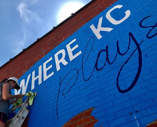 ‪So this is happening! #CityOfMurals #HowWeDoKC  @visitkc #KCParks #WhereKCPlays‬