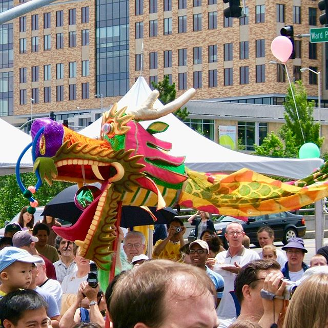 #ThrowbackThursday The inaugural Dragon Boat Festival in June of 2005. Attend the 14th Annual Festival this Saturday on the @countryclubplaza starting at 10am. #TBT #DragonBoats #KCParks #WhereKCPlays 🐉 🚣♀️