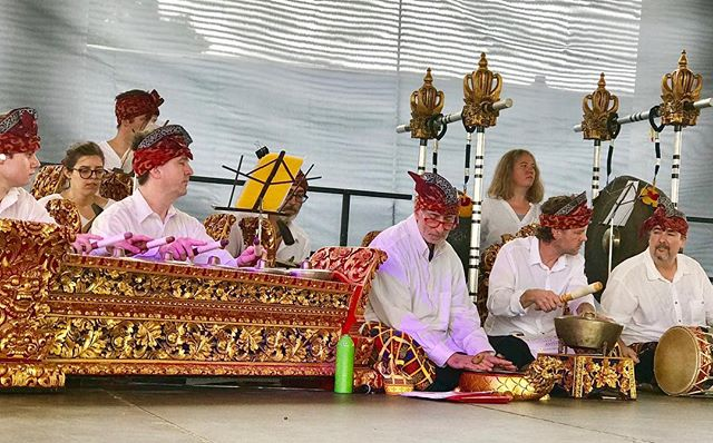 ‪#Indonesia on the stage! Ethnic Enrichment Commission of Kansas City Festival in  Swope Park! #EthnicKC #KCParks #WhereKCPlays‬