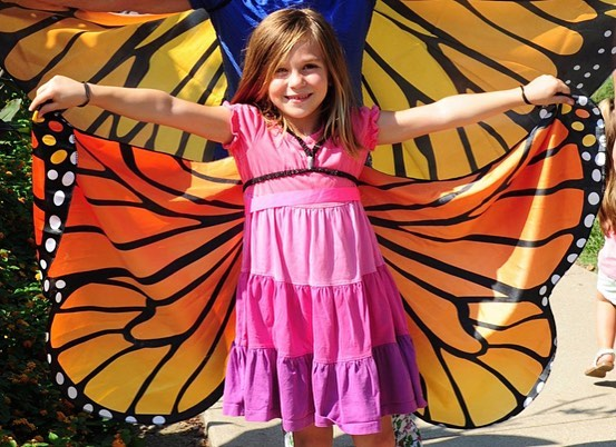 Tomorrow! Monarch Migration Celebration in Loose ParkSaturday, September 22, 201810 a.m.-1 p.m.Loose Park Garden Center, 5200 PennsylvaniaMonarch fans are invited to celebrate the mind boggling natural phenomenon that is the seasonal monarch migration. Pretend to be a monarch flying a miniature migration route over the Midwest with stops along the way to enjoy activities for the whole family and learn how to help Monarchs at home.Free admission and activities, donations will be accepted to help Kansas City Native Plant Initiative support more native plants in the landscapes of Kansas City. Festival is outdoors in front of the Garden Center Building, next to the Monarch Demonstration Garden. #KCParks #WhereKCPlays