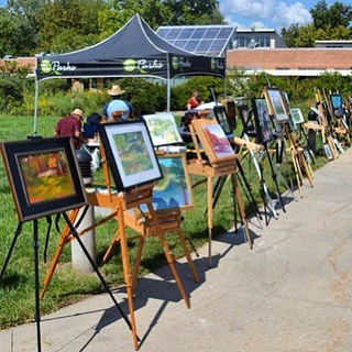 "Brush Creek Art Walk Reception, Awards and Exhibition OpeningTuesday, October 2, 20185-8 p.m.Anita B. Gorman Discovery Center, 4750 Troost Ave. Everyone is invited to check out the 100+ paintings that were created ""en plein air"" during the Brush Creek Art Walk in September. The awards ceremony begins at 7 p.m. in the main reception space and artists will be in hand to discuss their works.The juried artwork will be on display (and for sale) through the month of October. #PleinAirKC #PleinAir #KCParks #WhereKCPlays"