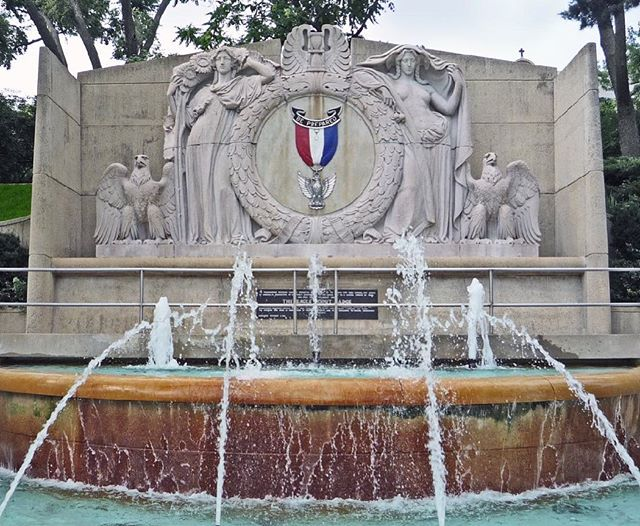 #OnThisDay in 1968 the EagleScout Memorial Fountain was dedicated. Unfortunately, due to weather, the 50 Year Anniversary Celebration has been cancelled. #CityOfFountains #KCParks
