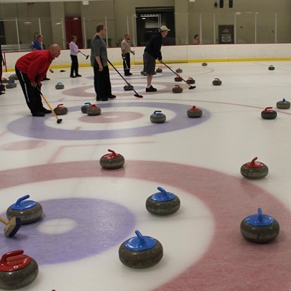 It's a good weekend to be indoors. Free Curling Open Houses today 4-6pm and Sunday 8:30-10:30am at Line Creek Community Center and Ice Arena. Kansas City Curling Club instructors will show you how to slide a stone across the ice and help introduce you the sport of curling.  Everyone is welcome! #KCParks #WhereKCPlays #Curling 🥌