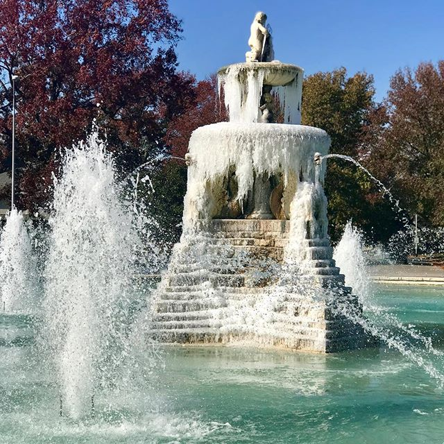 This is a fountain you don't often see frozen. #EarlyFreeze #FrozenFountain #CityOfFountains #KCParks #WhereKCPlays