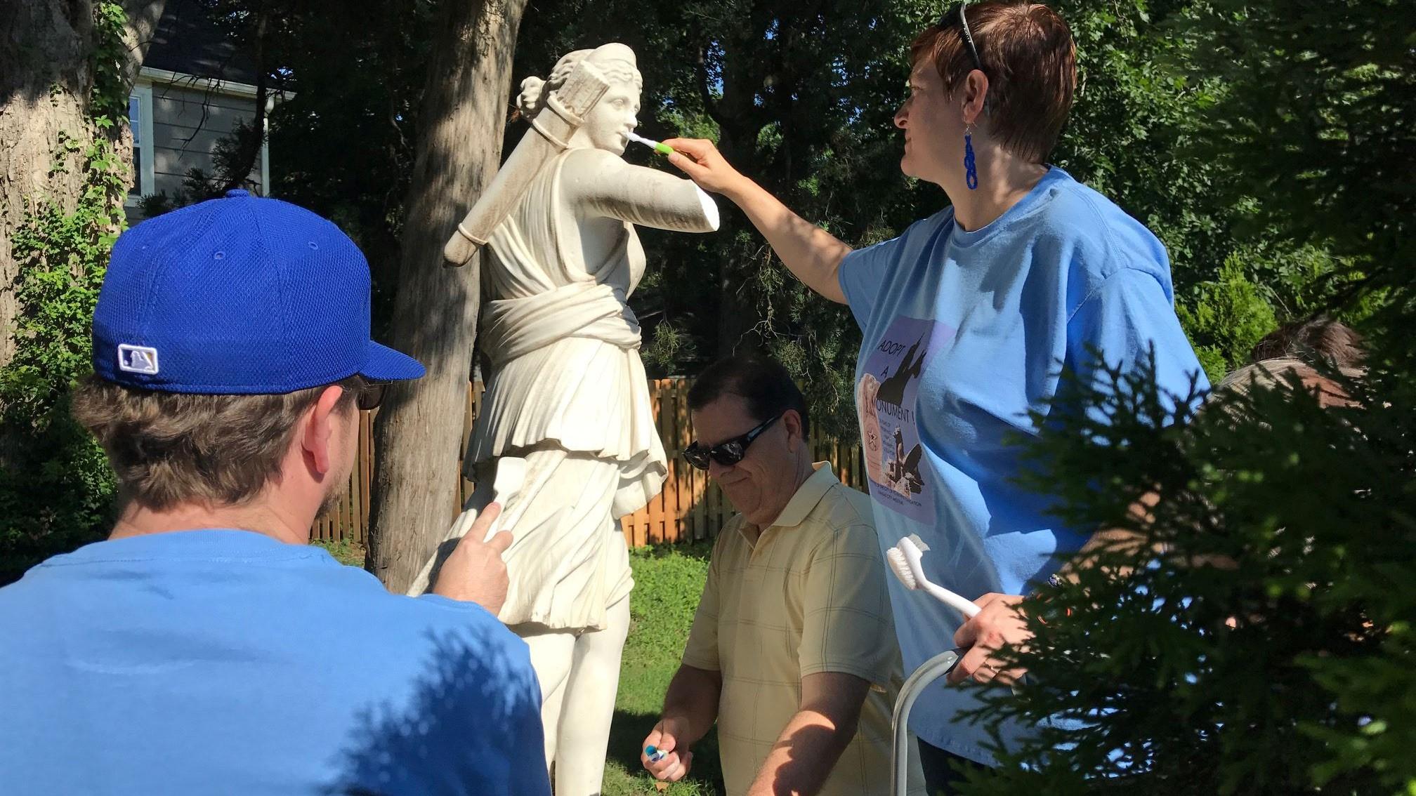 Public Art Offers Volunteer Opportunities