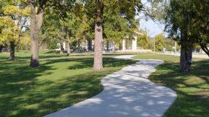 Swope Park Entrance Trail