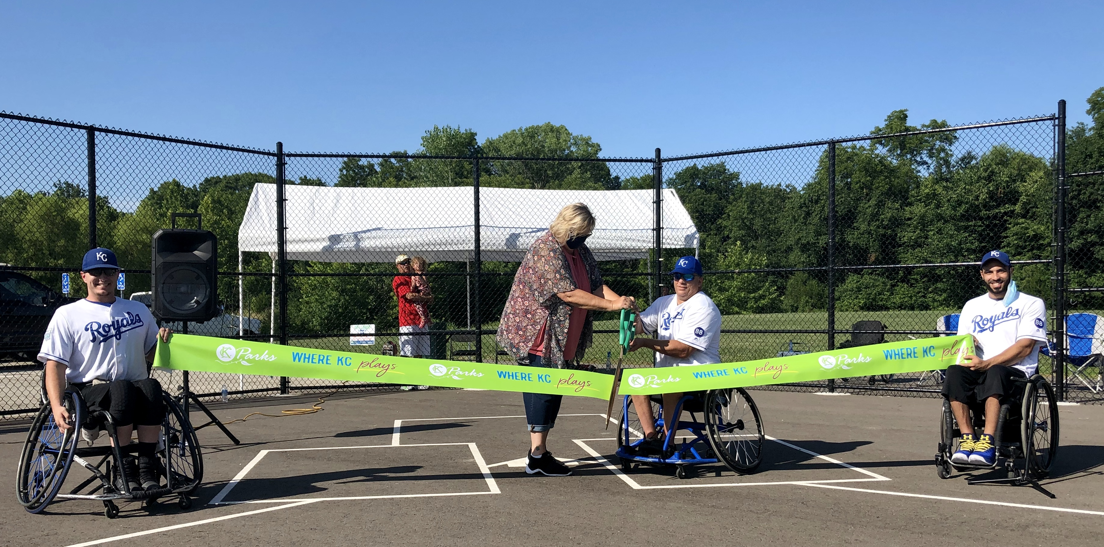 {NEWS} KC Parks Opens Area's First Wheelchair Softball Field in Pleasant Valley Park