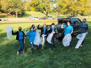 Park cleaning by volunteers