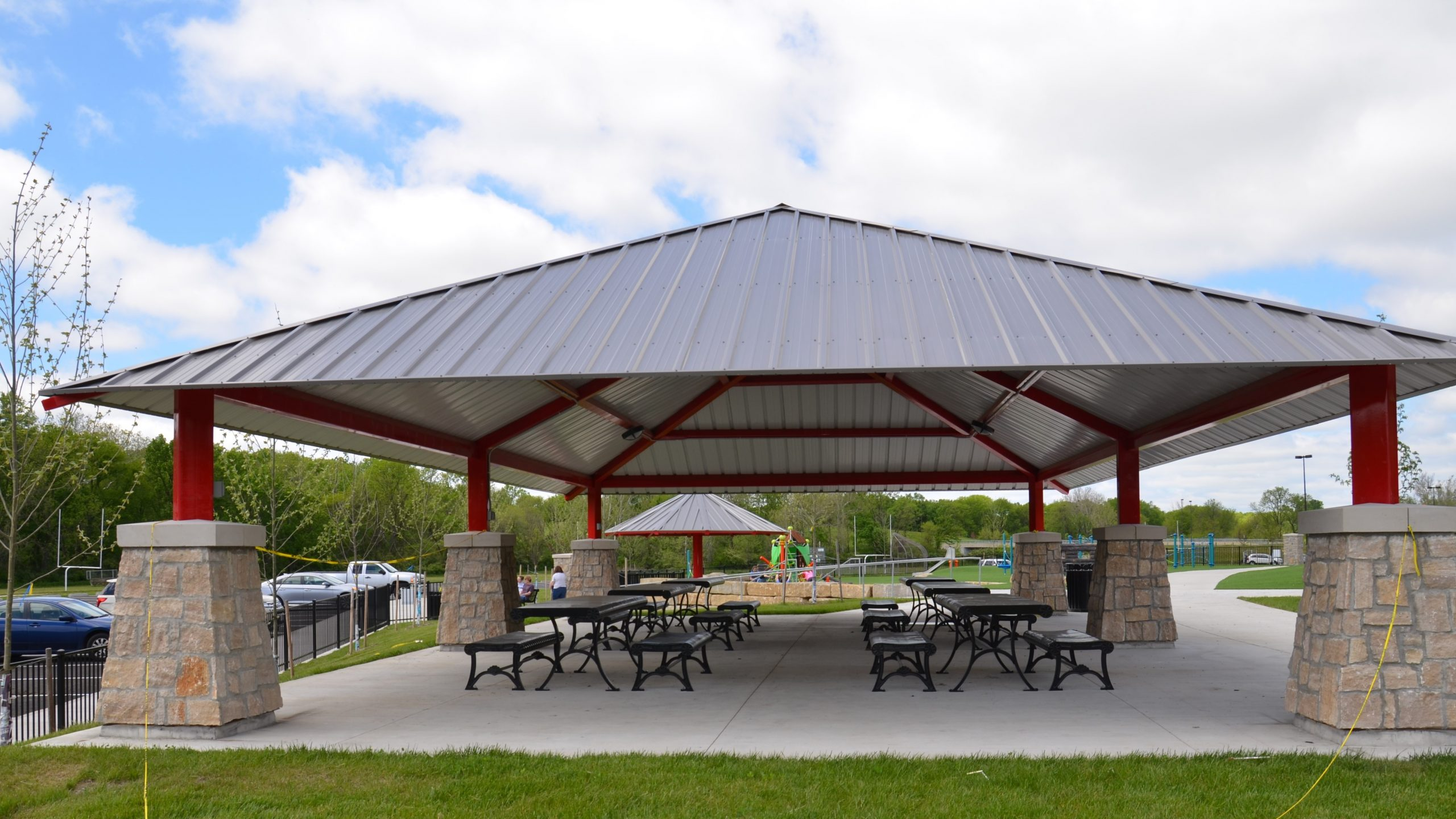 North Hodge Park Shelter (RESERVABLE FROM MAY 1-OCTOBER 31)